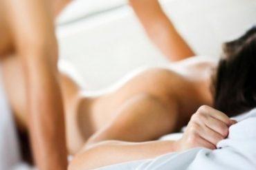 Verdades y mentiras sobre el sexo anal